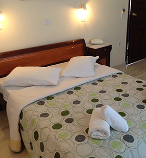 new_haroula_double_room_03_large